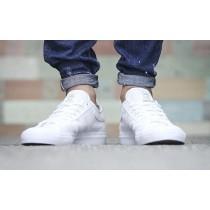 Weiß Unisex Schuhe Adidas Matchcourt Low F37382